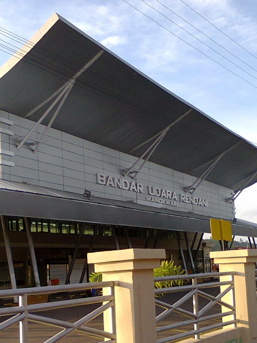 rendani madinja 1900 wib garuda indonesia ga-2101 (btj-med) banda aceh-madinah (rabu) 1905 wib garuda indonesia ga-2105 jadwal penerbangan bandara rendani.